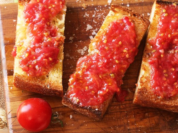 Pan Con Tomate (Spanish-Style Grilled Bread With Tomato)
