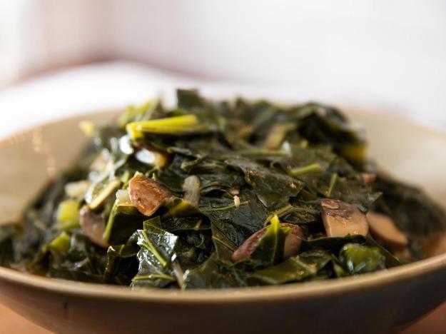Vegan Southern-Style Collard Greens With Mushrooms